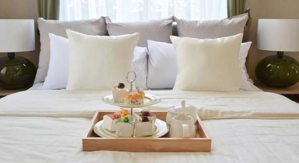 hotel-room-handyman-service