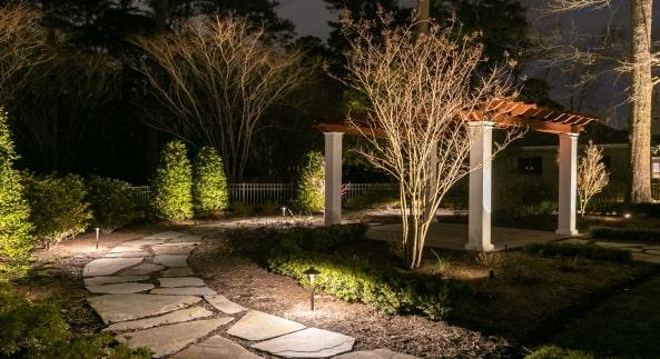 outdoor_lighting_installation_company_fort_lauderdale-min